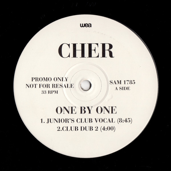 ONE BY ONE  MAXI 45T SAMPLER UK    / CHER-CD-DISQUES-VINYLES-SHOP-COLLECTORS-STORE